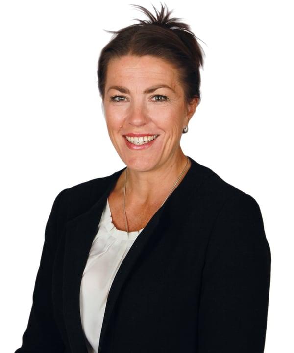 Oral-Hammaslääkärit-Minna Lönnqvist